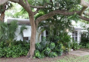 Hollywood, 5 Rooms Rooms,4 BathroomsBathrooms,Office,For Sale,1002